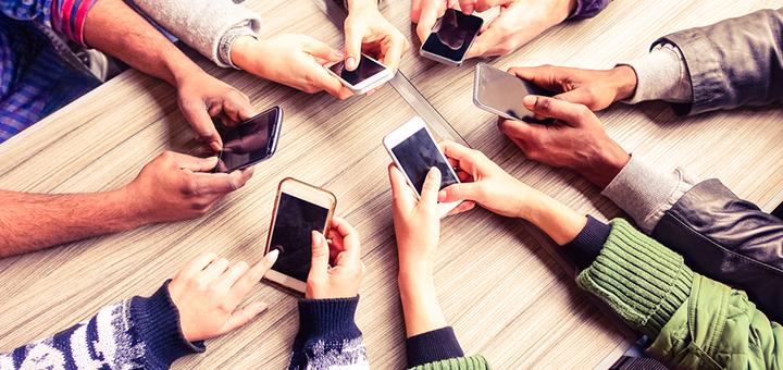 ¿En qué se diferencian los celulares de gama alta, media y baja?